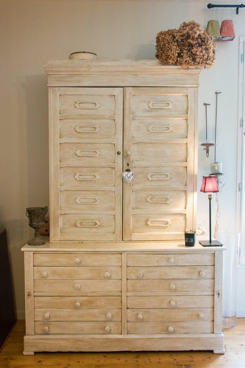 patine un meuble meuble patin meubles patins comment teinter ou vieillir un meuble en bois. Black Bedroom Furniture Sets. Home Design Ideas