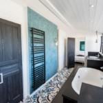 Salle de bain chaux ferrée